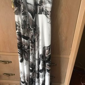 New Nordstrom long beautiful floral dress